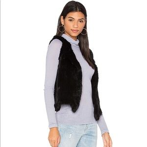 Bloomingdales Short Sleeve Fur Vest